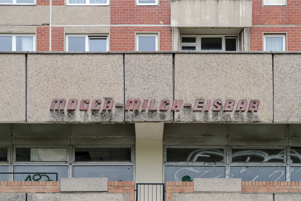 Halle/Saale, Werbe-Schriftzug (Bild: Martin Maleschka)