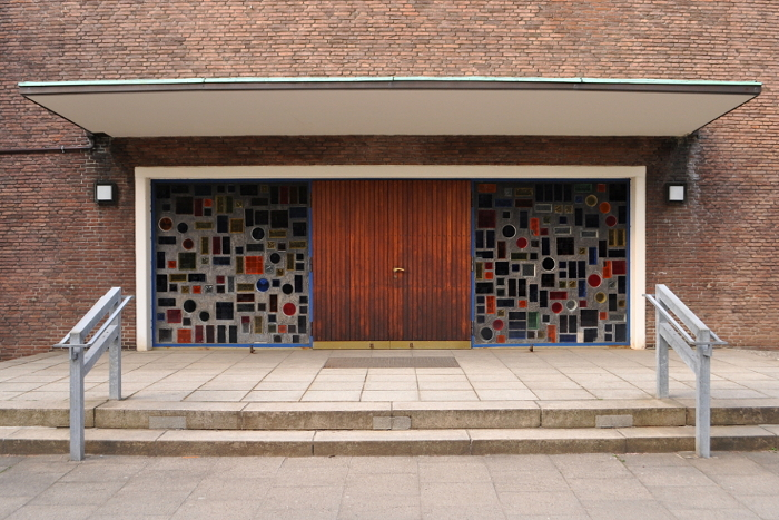 Hamburg-Winterhude, Paul-Gerhardt-Kirche (Bild: Ajepbah, CC BY SA 3.0, 2013)