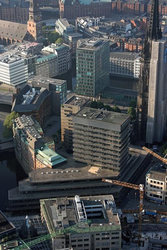 Hamburg Innenstadt Blick auf das ehemalige Allianz Haus