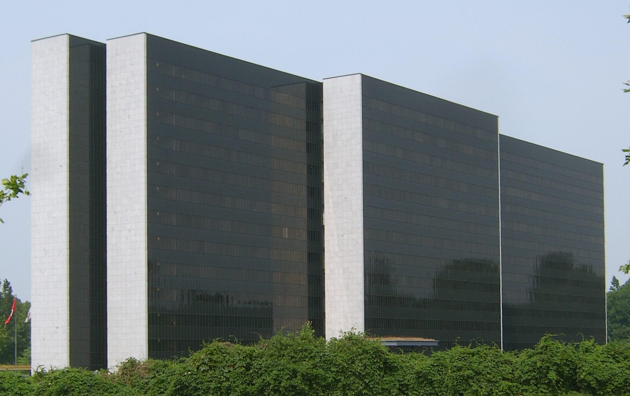 Hamburg, HEW-Zentrale (Bild: Staro1, GFDL oder CC BY SA 3.0)