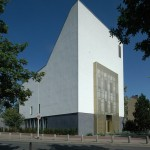 Umnutzung: Hannover-Leinefelden, ehemalige Gustav-Adolf-Kirche (1965, seit 2009 Synagoge der Liberalen Jüdischen Gemeinde, kein Denkmalschutz) (Bild: Ulrich Knufinke)