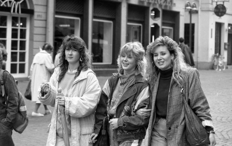 Heidelberg, Fußgängerzone, 1988, (Bild: Bundesarchiv B 145 Bild F079101-0016, CC BY SA 3.0.de)