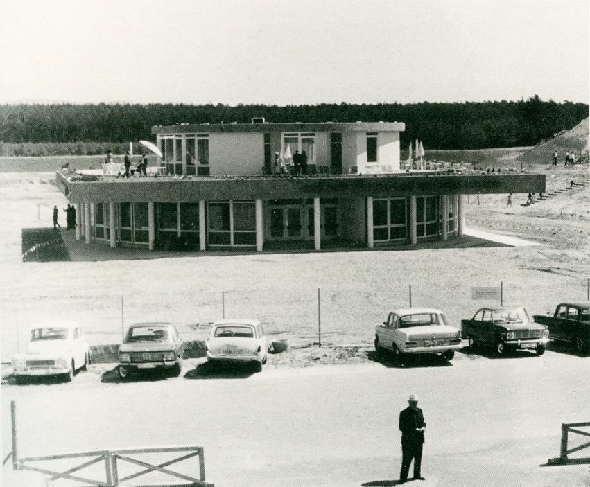 Hockenheimring, Ernst-Wilhelm-Sachs-Haus kurz vor der Einweihung am 14. Mai 1966 (Bild: Hockenheimring GmbH, 1966)