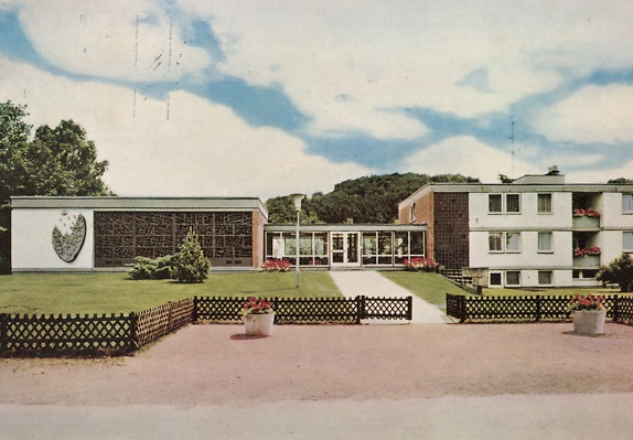 Homburg, Kardinal-Wendel-Haus (Bild: historische Postkarte, Hannes-Oefele-Verlag, Ottobeuren)