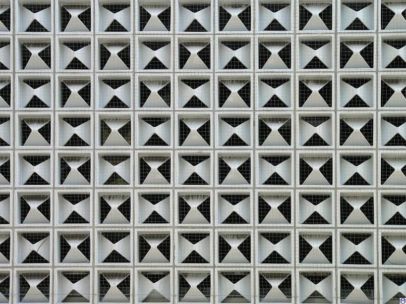 Horten-Kachel-Fassade in Hamburg (Bild: Wolfgang Meinhart, GFDL oder CC BY SA 3.0)