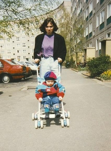 Christoph Liepach 1992 in der Birkenstraße von Gera-Lusan (Bild: privat)
