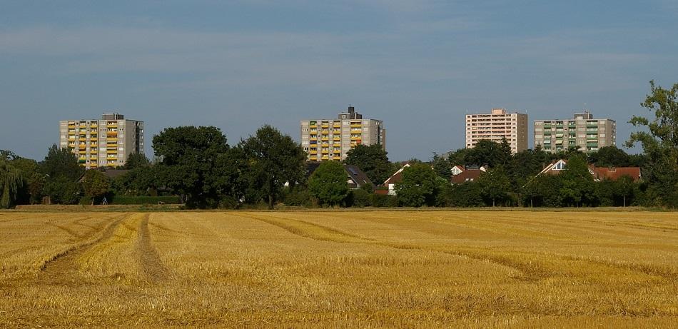 """""""Skyline"""" von Erftstadt-Liblar, nicht im Bild das Hügelhaus (Bild: A. Kleinschrodt)"""