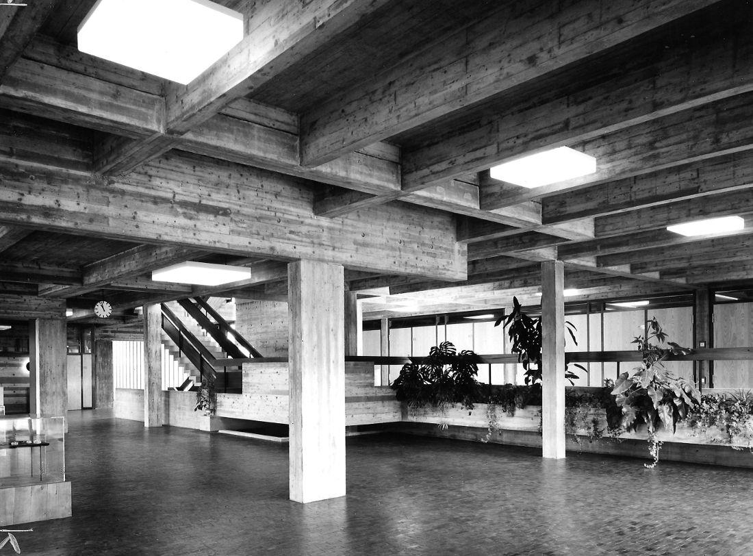 Bad Friedrichshall, Mittelschule, Pausenhalle (Bild: saai, Marianne Goetz)