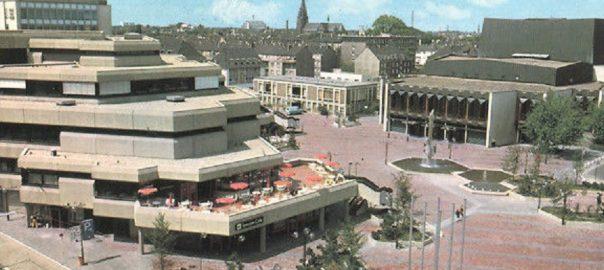 Krefeld, Seidenweberhaus (Bild: Postkarte, 1970er Jahre)