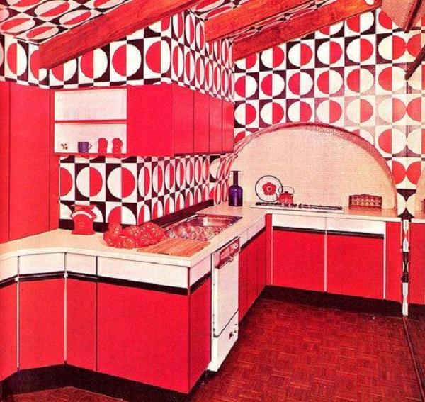 rote Einbauküche (Bildquelle: Facebook, Herkunft leider unbekannt)