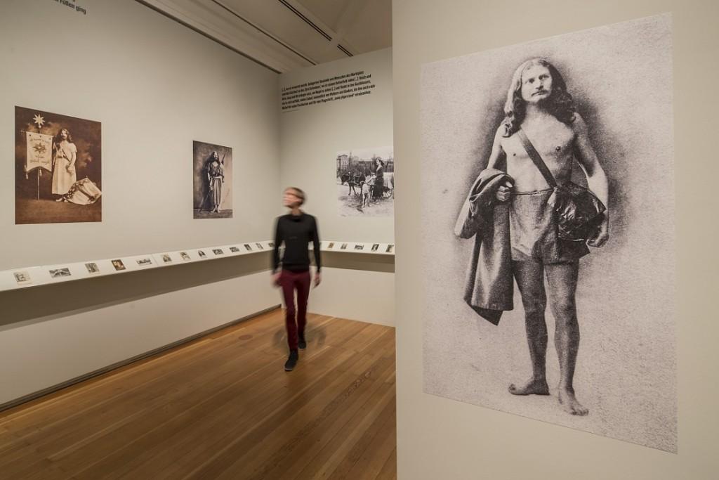 Künstler und Propheten, ein Blick in die Ausstellung (© Schirn Kunsthalle Frankfurt am Main, 2015, Foto: Norbert Miguletz)