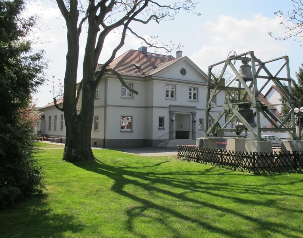 Langen, Gemeindehaus der Petrusgemeinde (J. Brummer, 1926) (Bild: K. Berkemann)