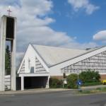 Langen-Oberlinden, Thomas-von-Aquin-Kirche (H. Römer/H. Baumgart, 1968) (Bild: K. Berkemann)