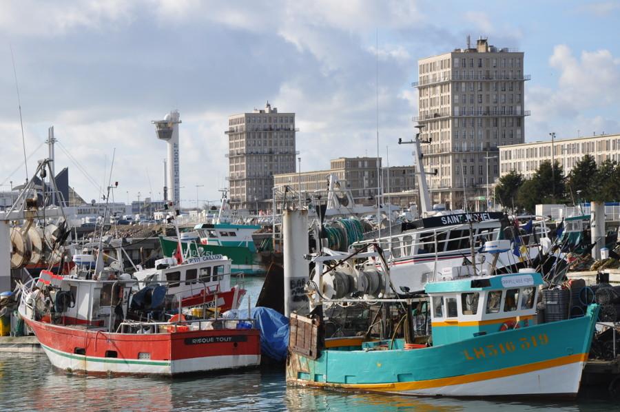 Le Havre, moderner Wiederaufbau am Hafen (Bild: Alès, GFDL oder CC BY SA 4.0, 2010)