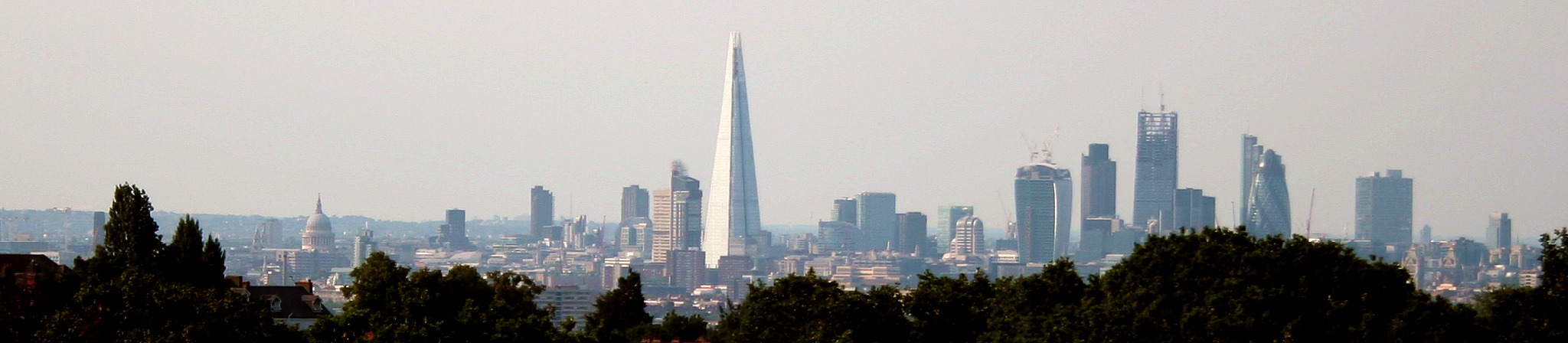 Die Londoner Skyline (Bild: Cmglee)