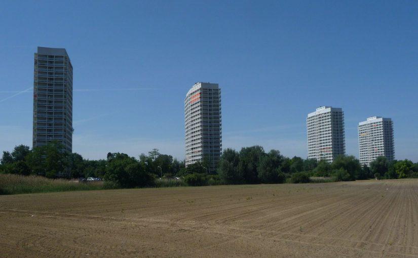 Ludwigshafen, Froschlache-Hochhäuser (Bild: Immanuel Giel, CC0)