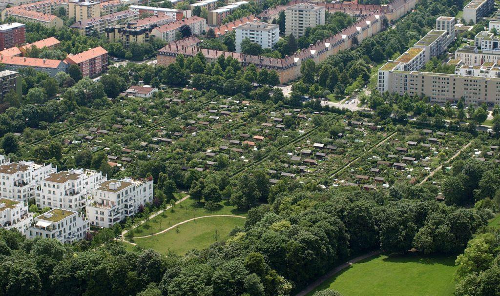 München-Kleingartenanlage-am-Ackermannbogen (Bild: Dan Mihai Pitea, CC-BY-SA-4.0)