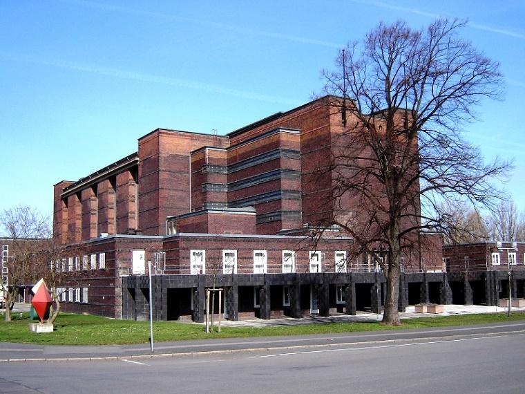 Magdeburg, Stadthalle (J. Göderitz, 1927) (Bild: Muggmag)