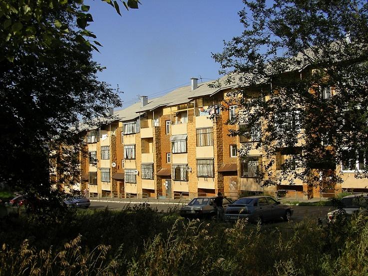 Magnitogorsk, May-Wohnzeile, ul. Čajkovskogo (Bild: Elke Pistorius)