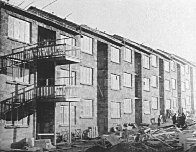 Magnitogorsk, Wohnzeile von Ernst May aus den 1930er Jahren (Bild: unbekanne historische Vorlage)