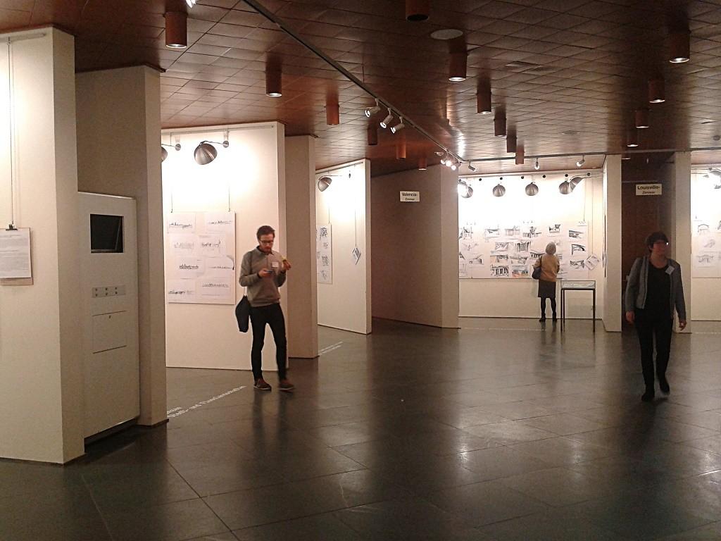 Mainz, Rathaus, ICOMOS-Tagung, 2015, Ausstellung studentischer Zeichnungen (Bild: K. Berkemann)