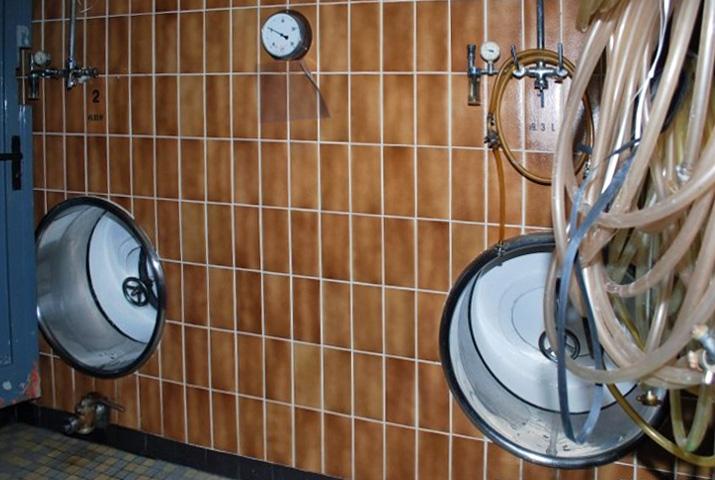 München-Perlach, Forschungsbrauerei, die Lagertanks (Bild: blog-ums-bier.de, 2009)