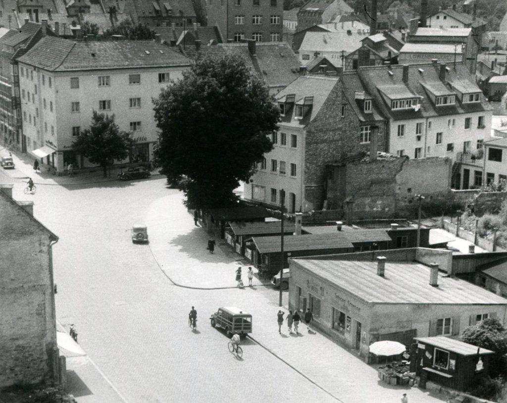 Neu-Ulm, Blick von St. Johann Baptist auf die Augsburger Straße (Bild: Stadtarchiv Neu-Ulm)