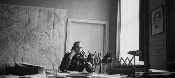 Obwohl er im Büro der britischen Militärregierung offenbar nicht über mangelnde Beschäftigung klagen konnte, schoss Newman über 1500 Fotos im kriegszerstörten Berlin (Bild: © Stadtmuseum Berlin)