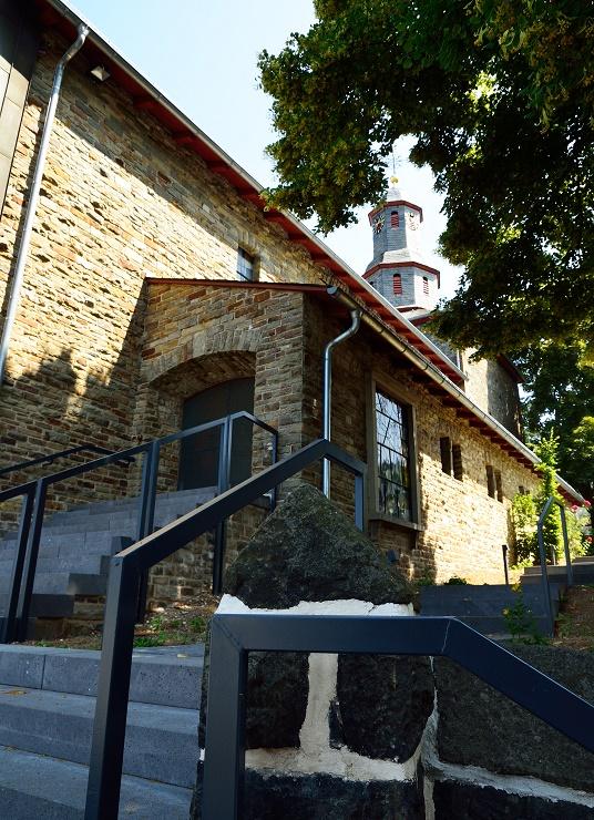 Obereisenhausen, Evangelische Kirche (Bild: Hydro, CC BY SA 3.0)