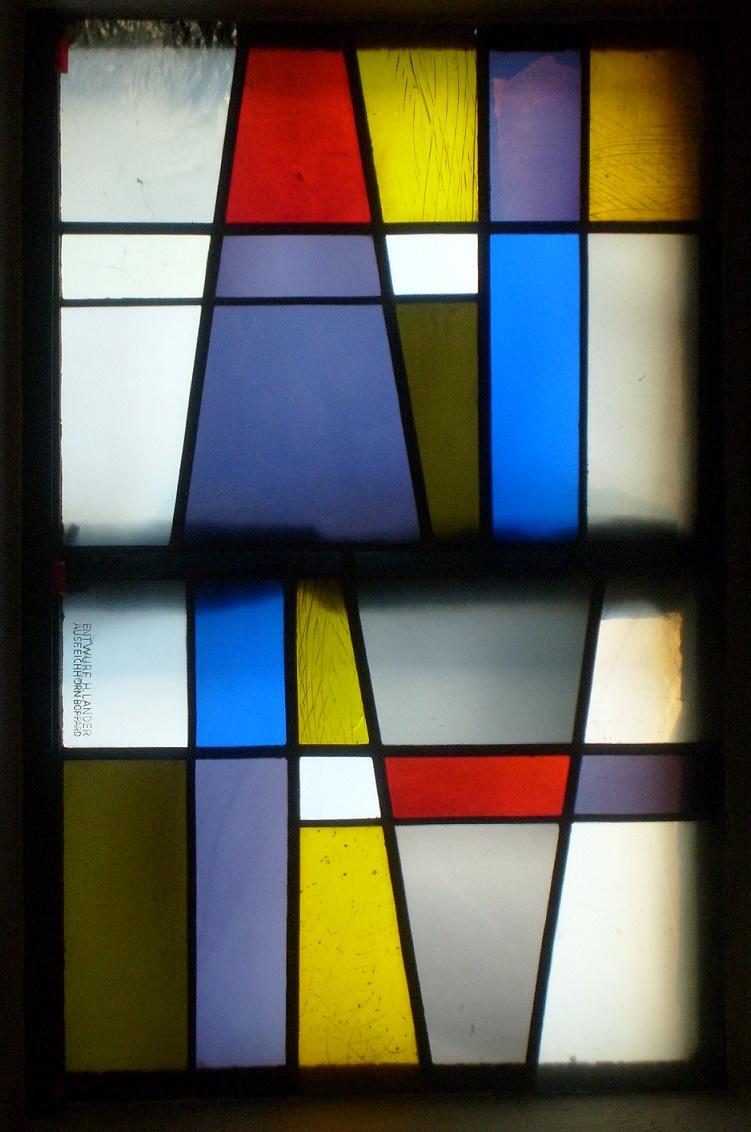 Obereisenhausen, Evangelische Kirche, Fenstergestaltung von Helmut Lander (Bild: Matthias Ludwig)
