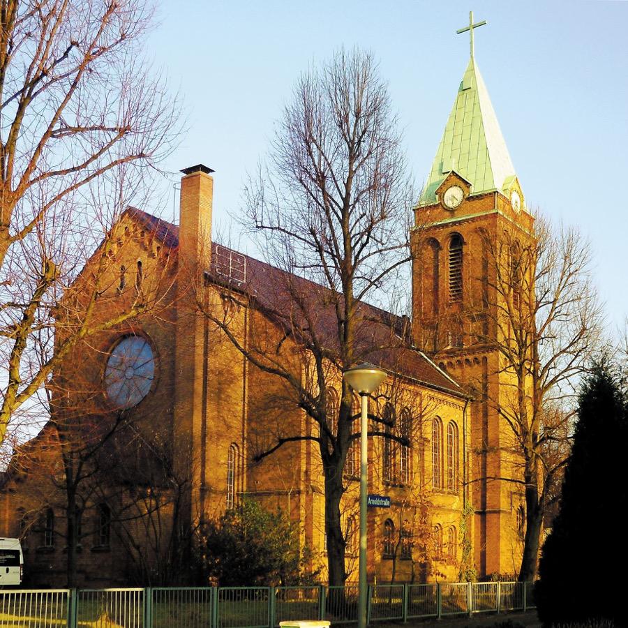 Oberhausen-Schmachtendorf, Ev. Kirche (Bild: Kempken46147, CC BY SA 3.0, 2015)