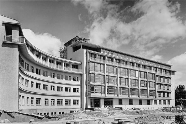 Otto Bartning, Frauenklink, Darmstadt, 1952-54 (Foto: Günter Senfft, © Otto-Bartning-Archiv TU Darmstadt)