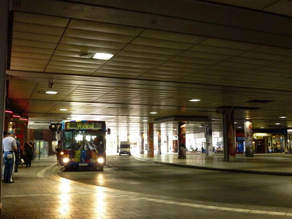 Paderborn, Zentralstation 2011 (Bild: Darknoise, CC BY-SA 3.0)