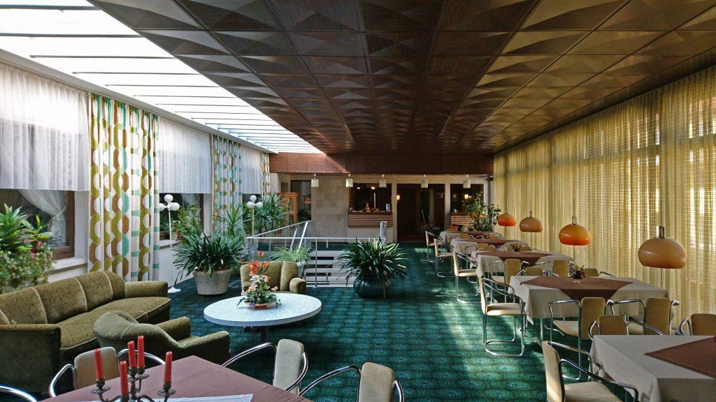 Parkhotel Revisited