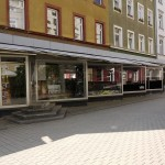 Zwischennutzung von Ladenflächen im Erdgeschoss, 2013 (Bild: S. Necker)