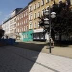 Die Farbigkeit der Fassaden der aus dem 19. Jahrhundert stammenden Bausubstanz am Brühl wurde in den letzten Jahren vollkommen verändert (Bild: S. Necker)