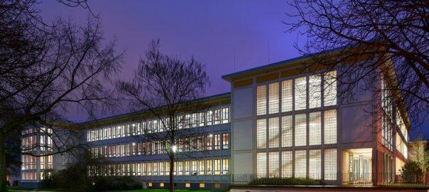 Neue Schulen