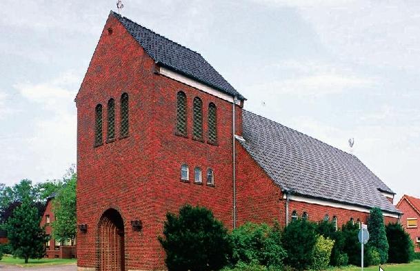 Das Ende ist beschlossen: die 1953 errichtete Backsteinkirche st. Josef in Schortens (Bild: Willi Rolfes)