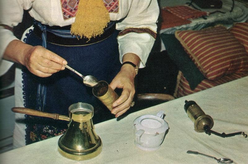 Zum Abschluss einen serbischen Kaffe? (Bild: Time Life)