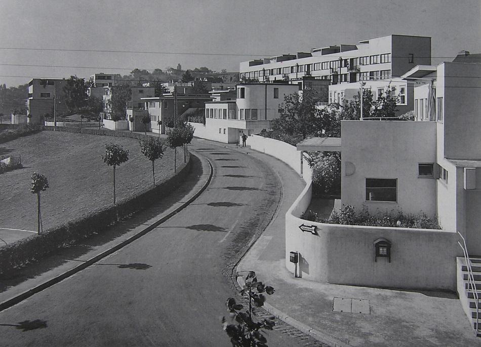 """Werkbundausstellung """"Die Wohnung""""in Stuttgart auf dem Experimentiergelände am Killesberg, 1927 (Bild: historische Fotografie o. A., Landesbildstelle Württemberg, Stuttgart)"""
