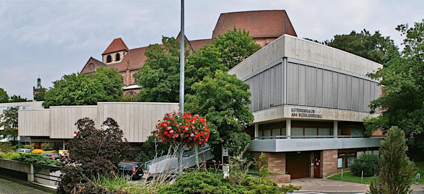 Bild: Augenstein, CC BY SA 3.0, 2008, via panoramio