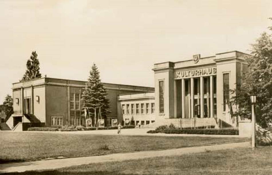 Die Räume des Kulturhauses konnten zusammen rund 1.7000 Menschen aufnehmen (Bild: Historische Gesellschaft zu Seebad Zinnowitz auf Usedom)
