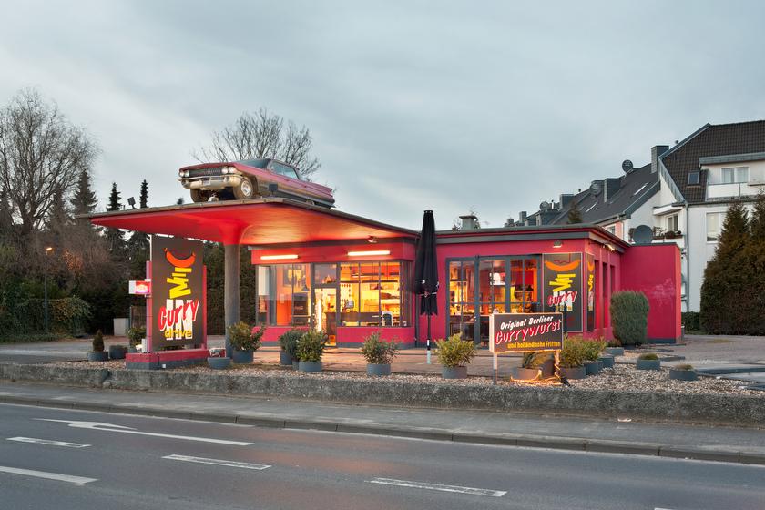 "Viersen, ehemalige Tankstelle, jetzt ""Curry Drive"" (Bild: © Joachim Gies, 2014)"