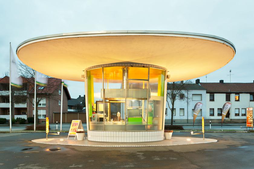 "Dorsten, ehemalige Tankstelle, jetzt ""Curry Drive In"" (Bild: © Joachim Gies, 2014)"
