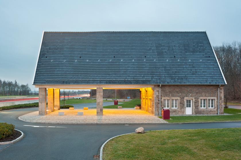 Hamm-Rhynern, ehemalige Tankstelle, jetzt Autobahnkapelle (Bild: © Joachim Gies, 2014)