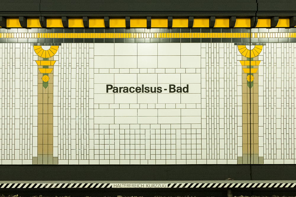 """Berlin, U-Bahnstation """"Paracelsus-Bad"""" (Bild: Sven Heinrichs)"""