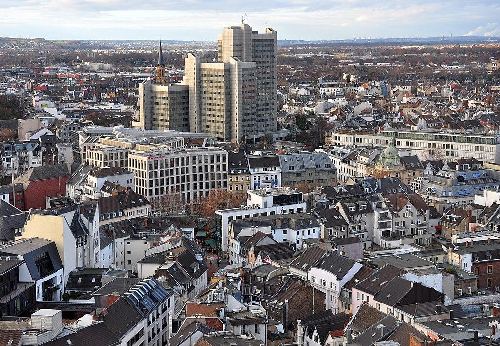 Bonn, Stadthaus (Bild: ToLo46, CC BY SA 4.0, 2018)