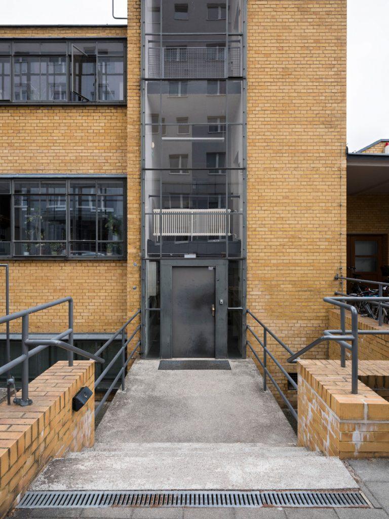 Dessau, Arbeitsamt (Bild: Stiftung Bauhaus Dessau, Foto: Thomas Meyer, Ostkreuz)