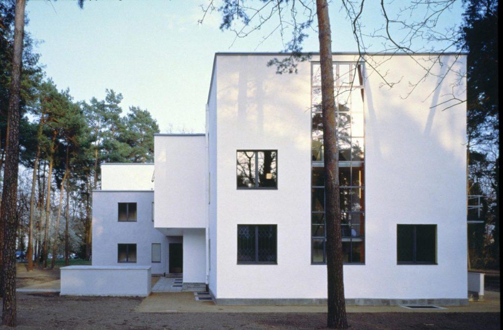 Dessau, Meisterhaus Muche/Schlemmer, Westansicht nach der Sanierung (Bild: Brenne Architekten)