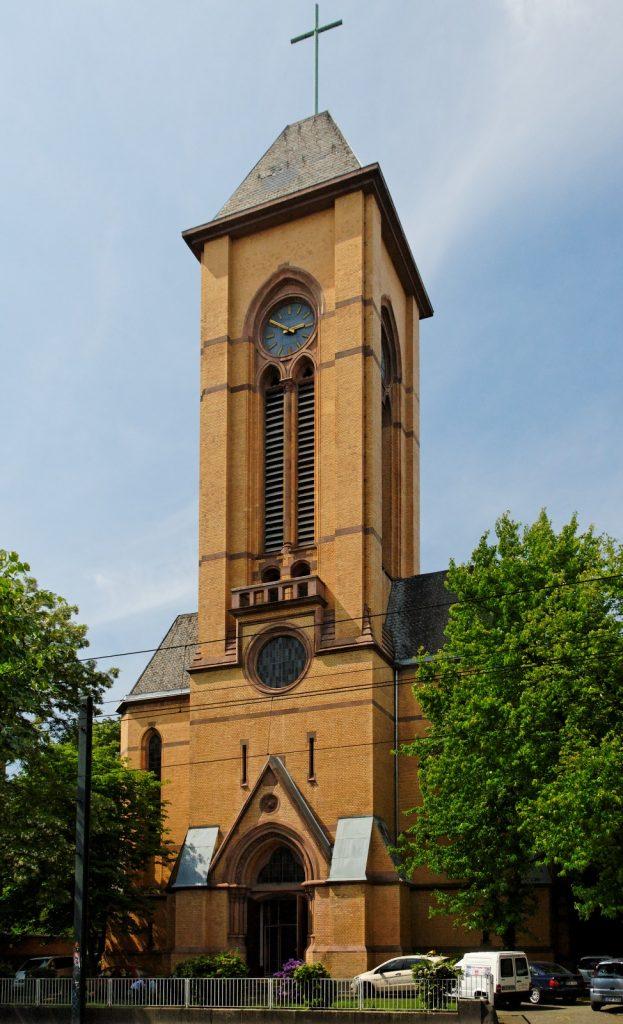 Düsseldorf-Oberbilk, Christuskirche (Bild: Wiegels, CC BY SA 3.0 oder GFDL, 2009)